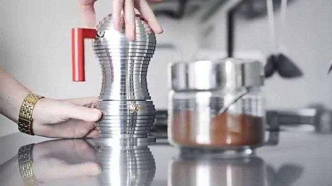Stovetop Espresso Maker vs. Espresso Machine