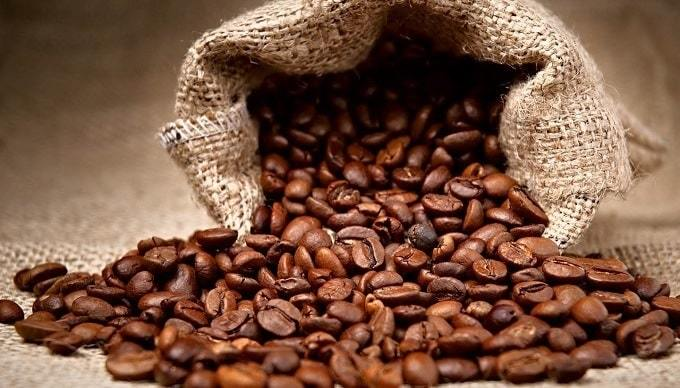 Benefits of Eating Coffee Beans