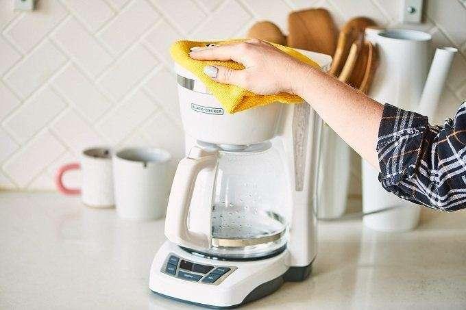 Best Ways To Clean Coffee Maker