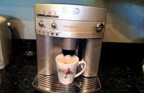 DeLonghi ESAM3300 Super-Automatic Espresso Machine Review